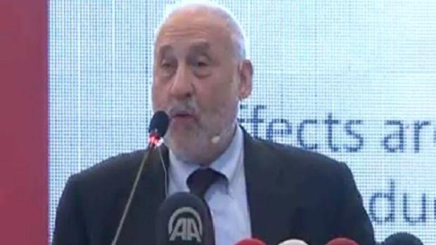 Stiglitz 'Euro bölgesine girmek Türkiye için felaket olur!