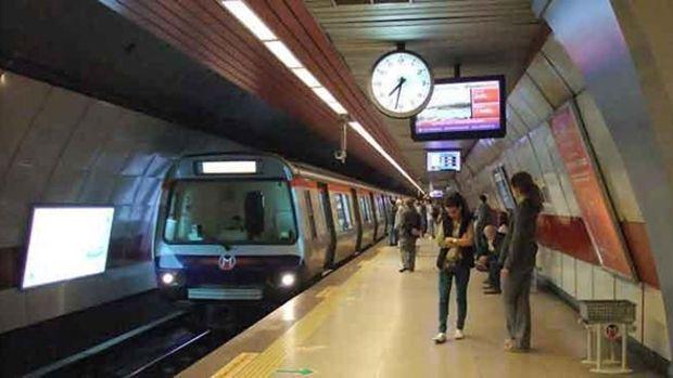 İstanbulda metro ve tramvay seferleri durdu!