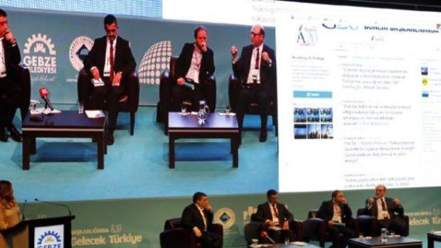 Gelecek Dünya Gelecek Türkiye, Gebzede panelde tartışıldı!