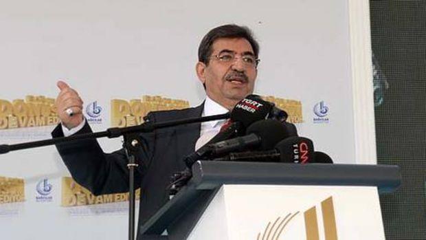 Bakan Güllüce: Arşiv Müzesi kuracağız!