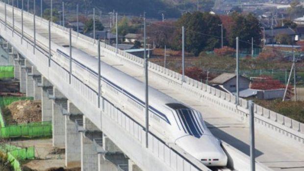 Japonya'da Maglev treni 598 kilometre hızla uçacak!