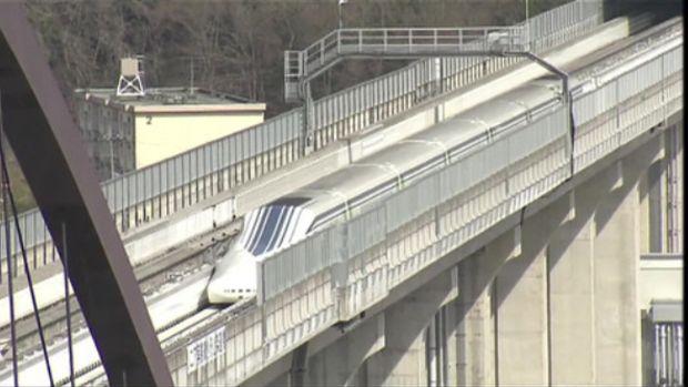 Japonyanın hızlı treni Maglevden dünya rekoru: Saatte 603 kilometre!