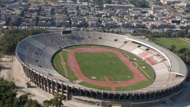 İzmir Karşıyaka Stadında yıkıma doğru!