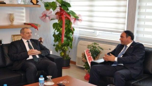 Tümer: Türkiye Ve Adana için olumlu işler yapacağız