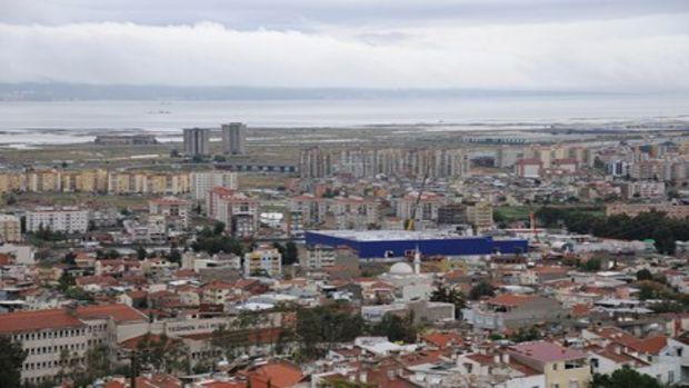 İzmirde heyelan bölgesine önlem!