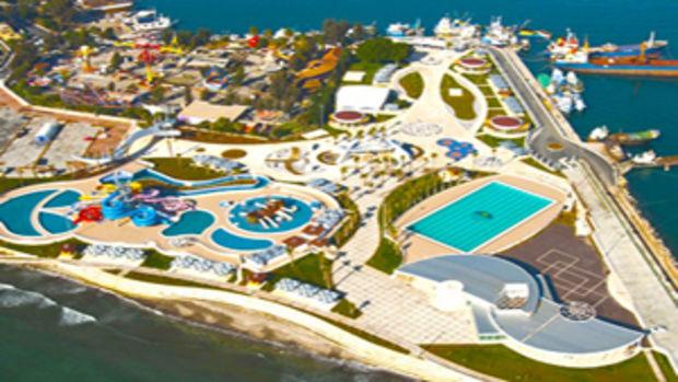 Mersin Deniz Parkın yıkımına suç duyurusu!