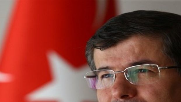 Davutoğlu: Cari açığımız 45.8 milyar dolara geriledi!