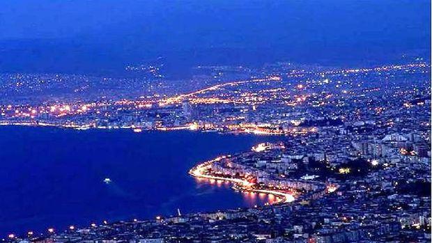 İzmir'de 313 bin konut riskli çıktı!