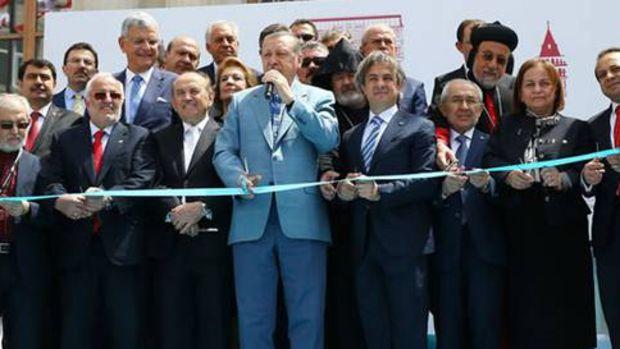 Erdoğan, İstanbul'da açılış törenlerine katıldı!