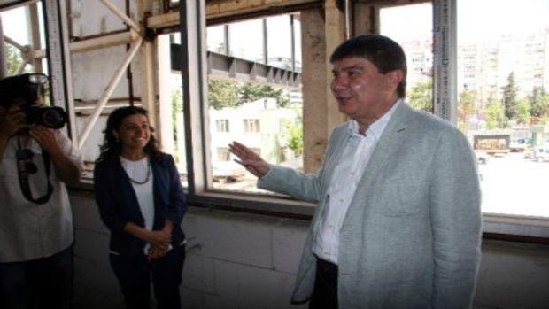 Antalya Büyükşehir Belediyesi yeni hizmet binası gün sayıyor!