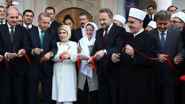 İsa Bey Hamamı ile Hünkâr Camisi'ni açıldı!