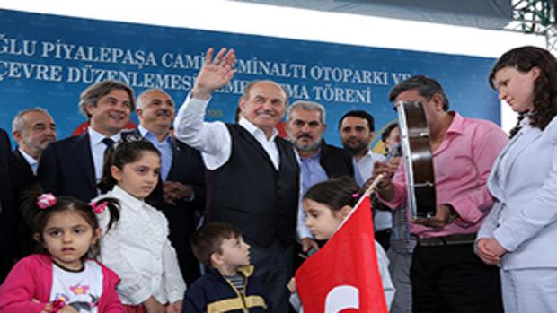 Taksim Meydanı düzenlemesi başladı!