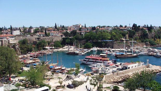 Antalyada 2015 Nisanda 6 bin 219 konut satıldı!