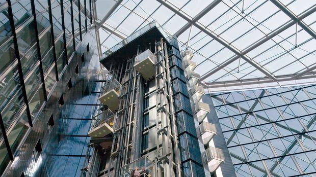 Asansör kuyruklarını ortadan kaldıran asansör sistemi Türkiye'de!