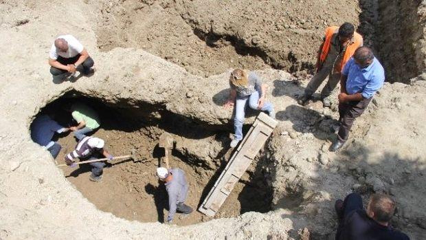 Samsun'da tarihi mezarda kazı çalışmaları yeniden başladı!