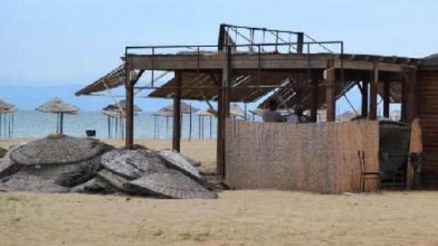 Balıkesir Sarımsaklı Plajı sahipsiz kaldı!