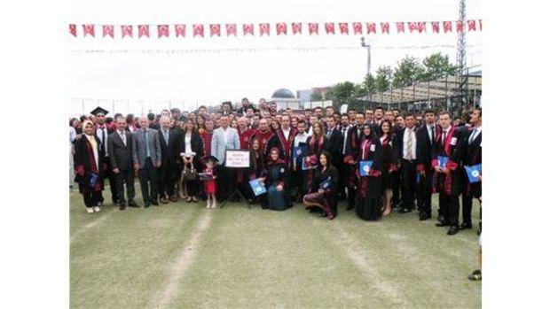 Mühendislik Fakültesinden 867 öğrenci mezun oldu!