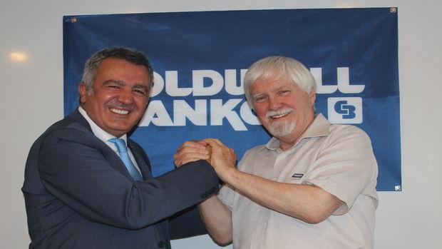 Duayen Eğitmen Gil Ostrander, Coldwell Banker Türkiyede!