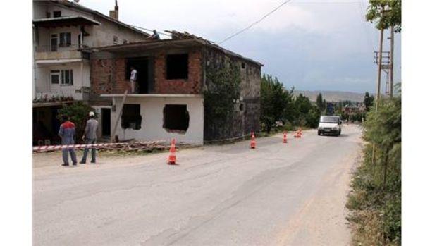 Suluovada Otogar yolundaki binalar yıkılıyor!