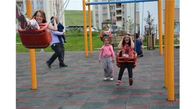 Yeni TOKİde çocuk parkı yapımı tamamlandı!