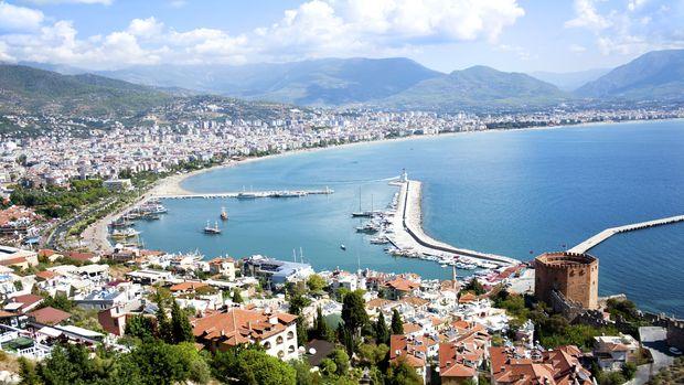 Ruslar Antalyada emlak alımında da birinci!