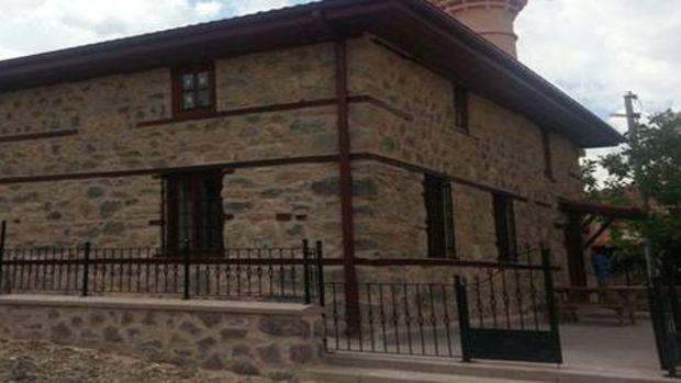6 tarihi camiinin restorasyonu tamamlandı!