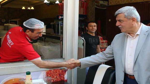 Başkan Karaosmanoğlu, eski çarşı esnafını ziyaret etti!