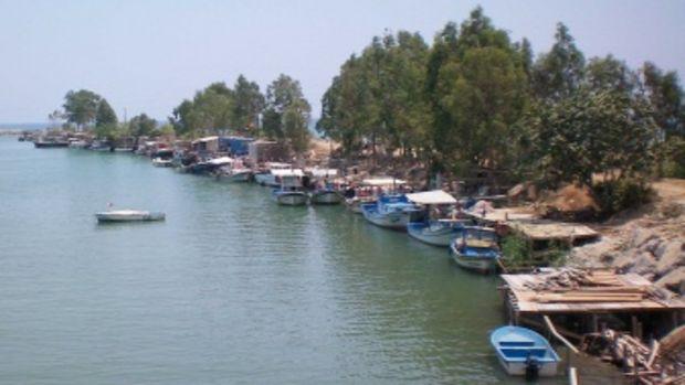 Balıkçı barınakları; kaçak yapılaşma gerekçesiyle boşaltıldı!