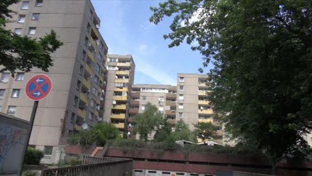 Kölnde Türklerin yaşadığı gökdelenlerde tadilat umudu!