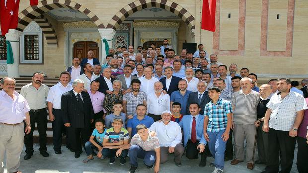 Zeytinburnu Ulu Cami ibadete açıldı!