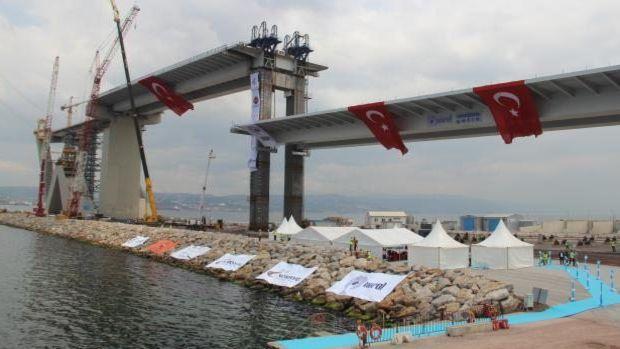 Körfez Köprüsünde 2 bin 600 tonluk rekor tabliye operasyonu!
