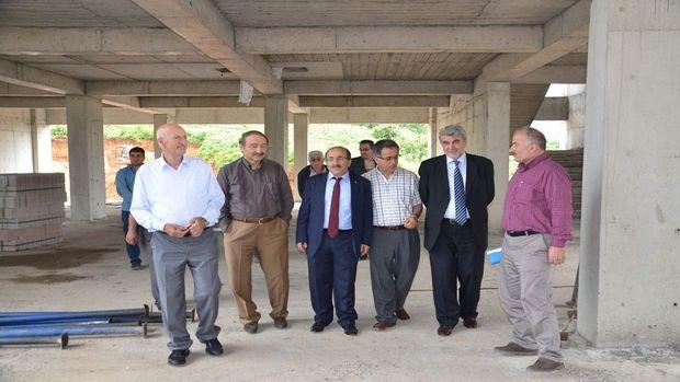 Başkan Gümrükçüoğlu Özakla Kuran kursu inşaatını inceledi!