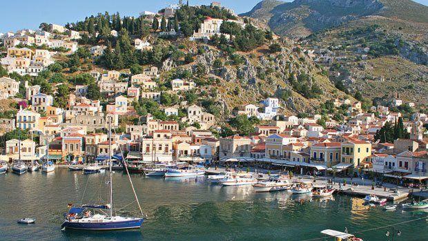 Yunan adaları Türklerle ayakta!