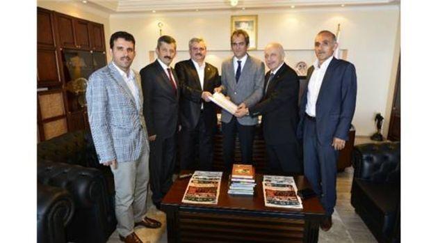 Zonguldak milletvekilleri rektör Özeri ziyaret ettiler!