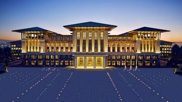 Sarayın SPA, havuz, sinema salonları ile buhar odalarına da turlar olacak mı?