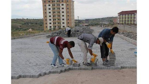 Nevşehir Cevher Dudayev Mahallesinde yol düzenleme çalışmaları sürüyor!