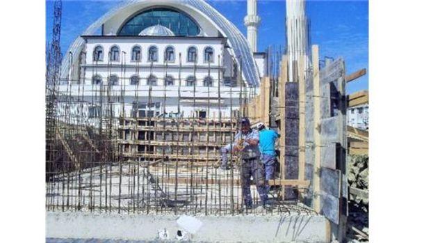Körfez Belediyesinden İlimtepe Camisine Yeni Şadırvan!