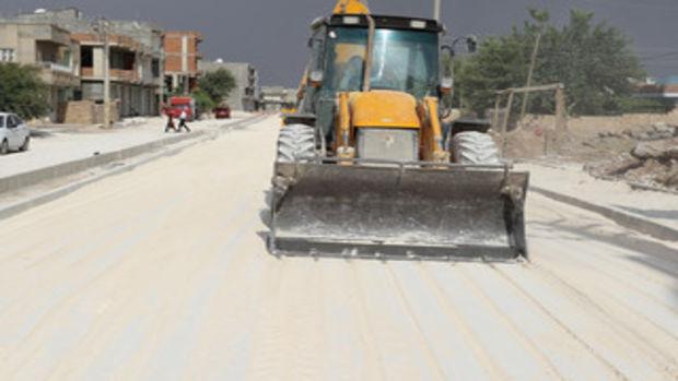 Mardin Büyükşehir Belediyesi parke taşı döşeme çalışmaları yapıyor!