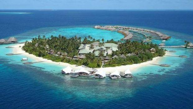 Warren Buffett, Komşu`da ada aldı!