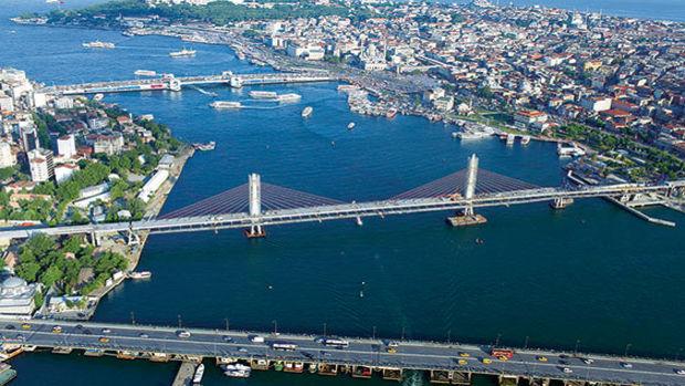 Bakan Arslan Yeni Ulaşım Yatırımlarını Anlattı