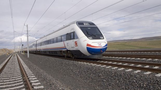 Ankara Sivas Hızlı Tren Hattı İstanbul'a Bağlanıyor