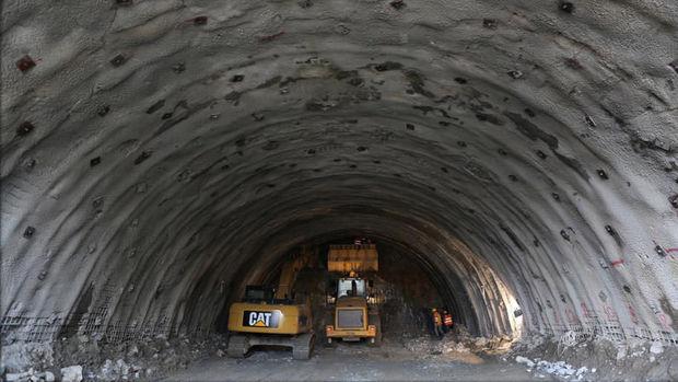 Ovit Tüneli'ne Cuma Günü Işık Geliyor