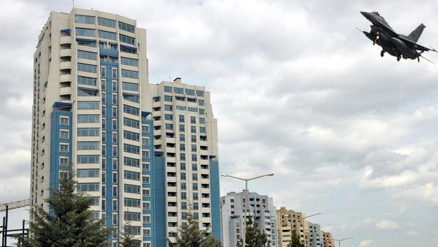 Diyarbakır'ın 22 Katlı İkiz Kuleleri Tıraşlandı
