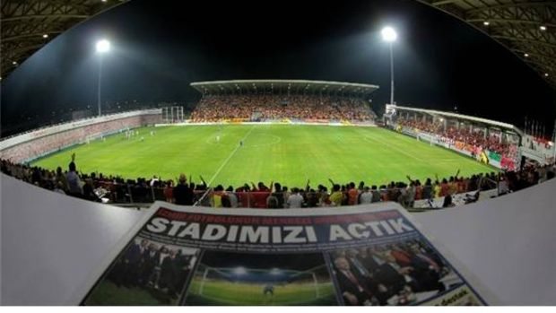 Bornova Stadı'nın Kapasitesi Arttı