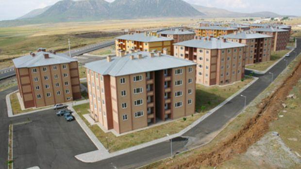 Bitlis Merkez Toki Evlerinde Kura Çekilişi Zamanı Geldi