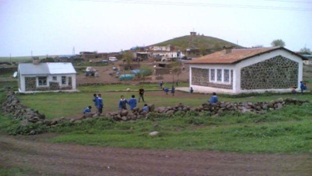 Şanlıurfa Siverek Tutumlu Mahallesi Hilvan'a Bağlandı