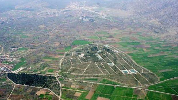 Demirel'in Anıt Mezarı Temmuz'da İhaleye Çıkıyor