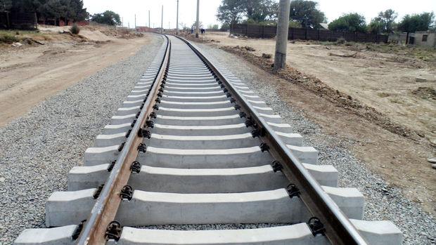 Bakü-Kars-Tiflis Demiryolu Hattı Ağustos'ta Açılıyor