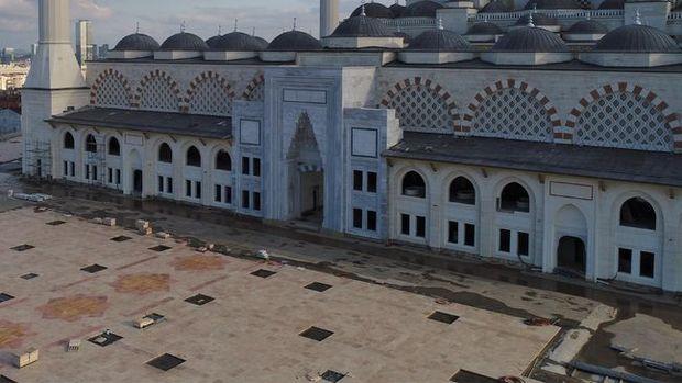 Çamlıca Camii'nin Yüzde 95'i Tamamlandı