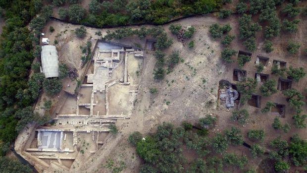 2 bin 700 yıllık Myrleia Antik Kenti Açık Hava Müzesi Oluyor!